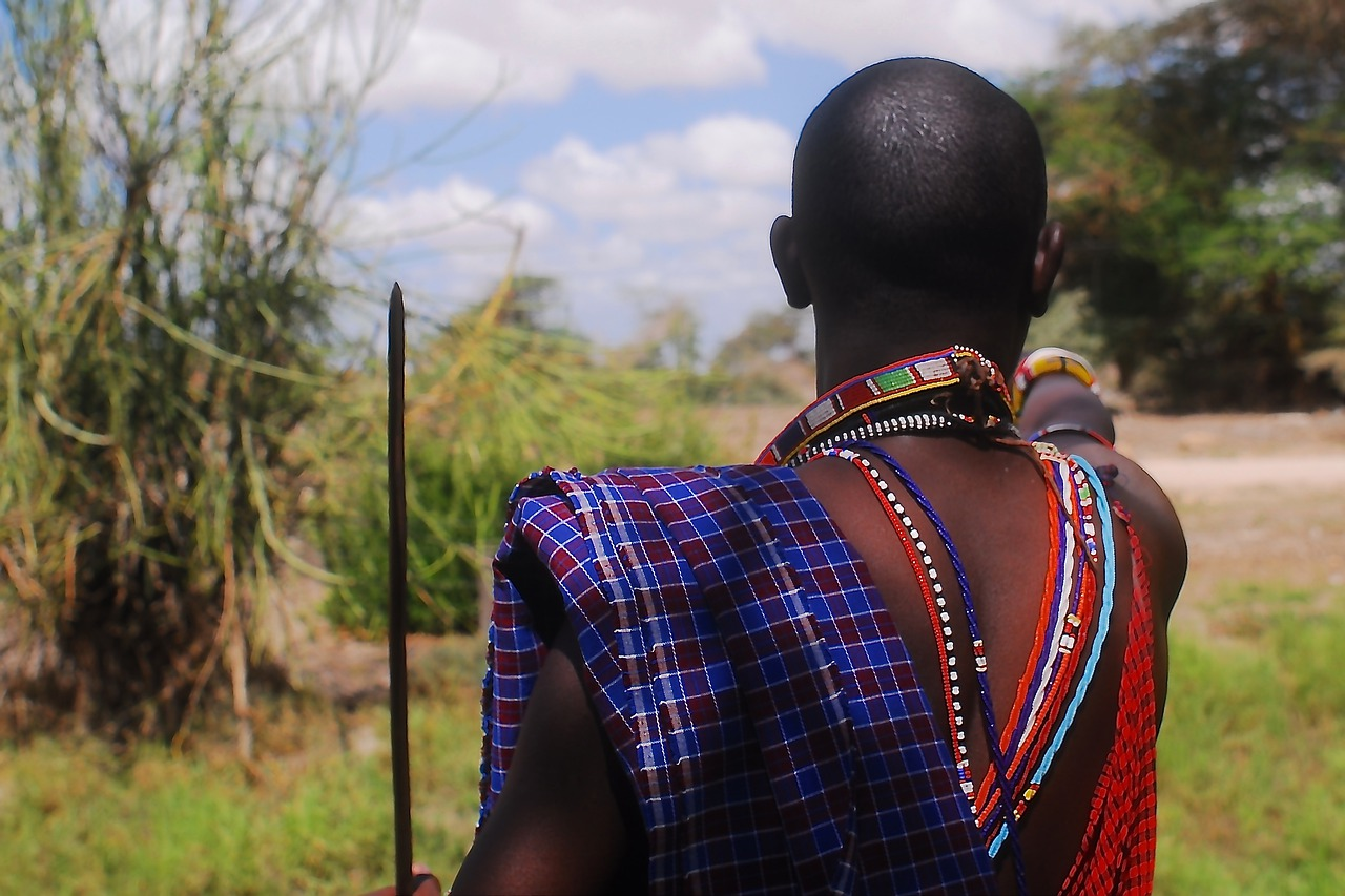 Rezension: Der Massai, der in Schweden noch eine Rechnung offen hatte von Jonas Jonasson